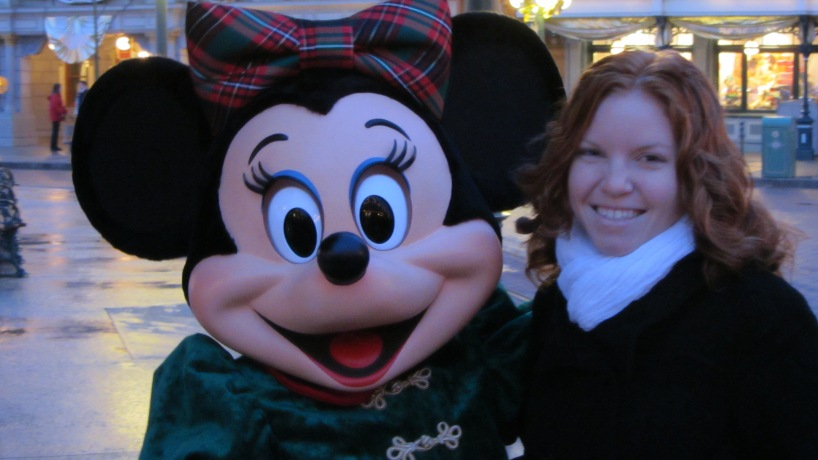 Minnie was there for Extra Magic Hours!