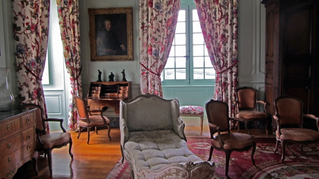 Château de Hautefort Lady's Bedroom