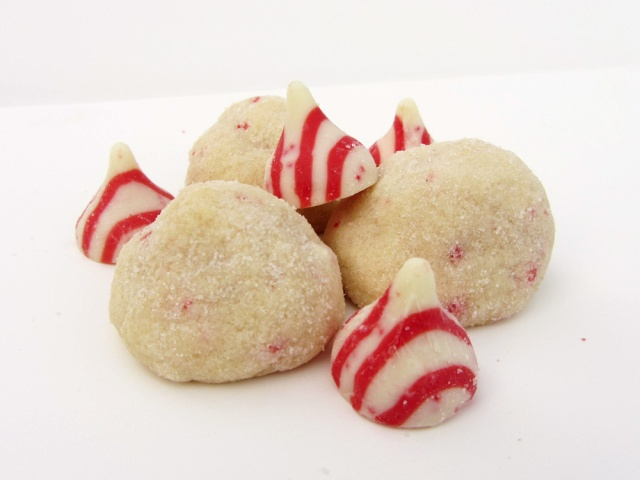 candy cane kiss cookies 1